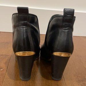 Michael Kors leather heels size 6